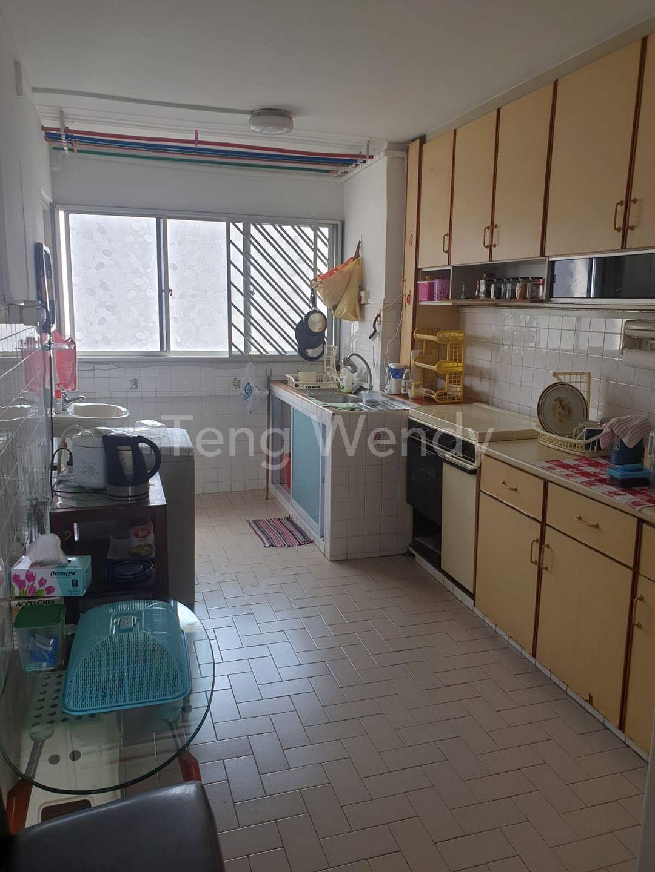 722 Yishun Street 71 HDB Flat for Sale - 904 sqft | 99.co
