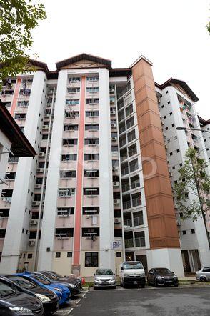 HDB-Jurong East Block 243 Jurong East