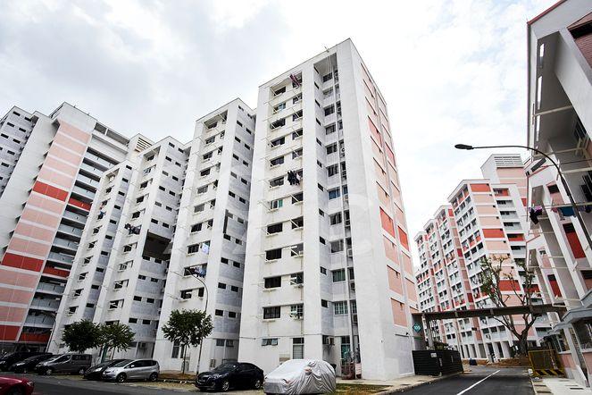 HDB-Potong Pasir Block 105 Potong Pasir