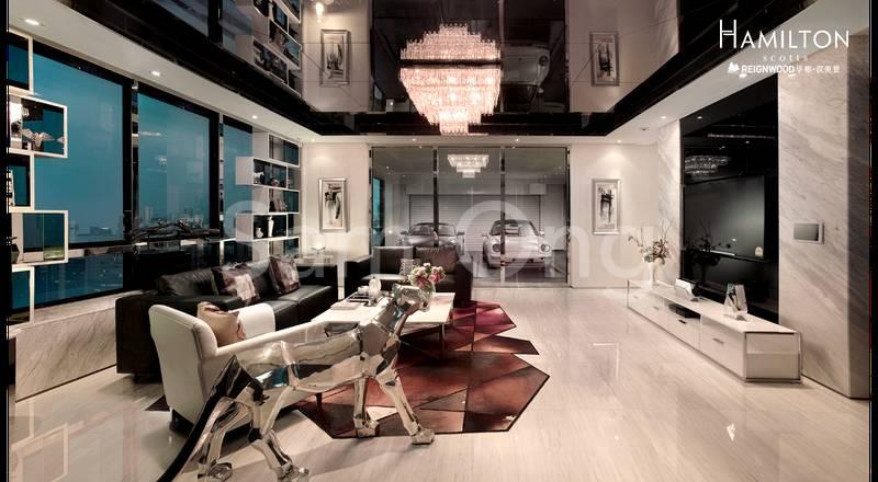 The Impressive Living Hall