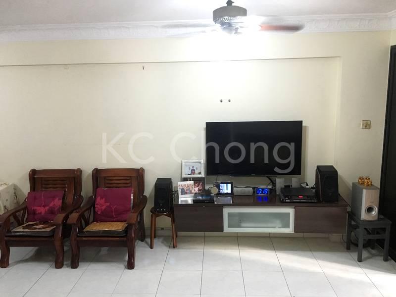 Blk 690 Jurong West Central 1 Living Hall 04