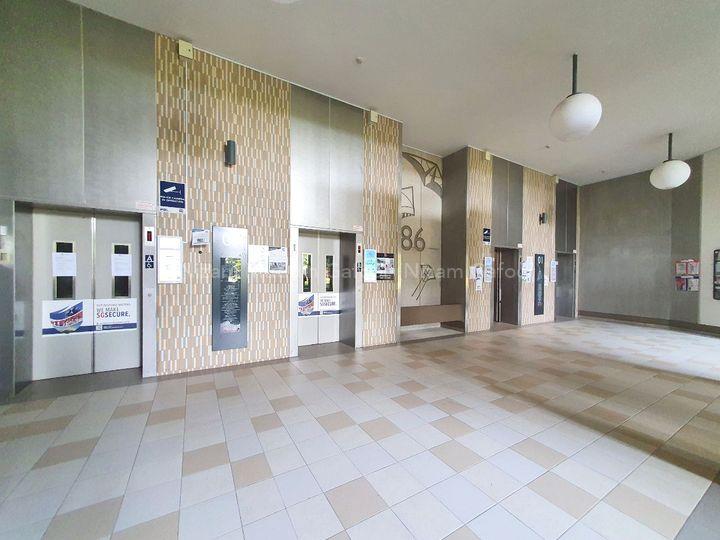 Grand Lift Lobby