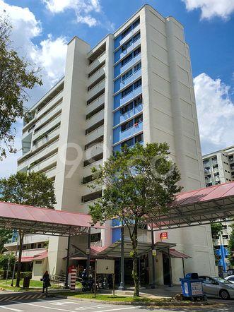 HDB-Hougang Block 322 HDB-Hougang