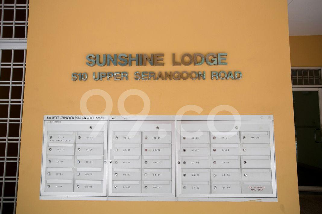 Sunshine Lodge  Logo
