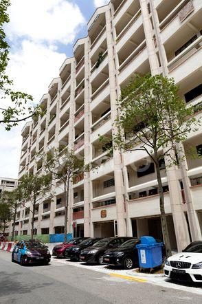 HDB-Jurong East Block 336 Jurong East