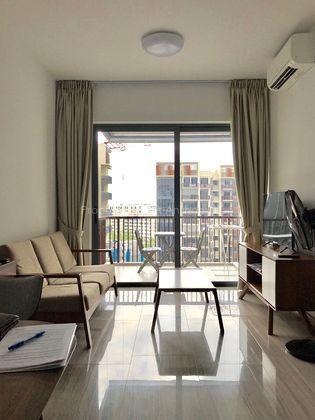 living room - high floor