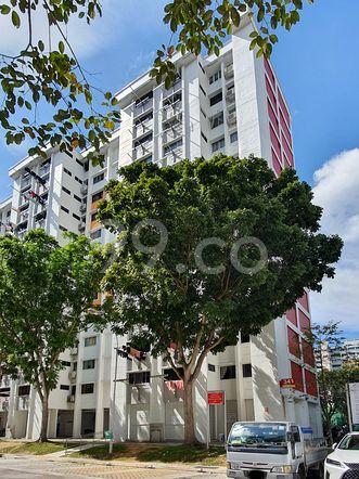 HDB-Hougang Block 341 HDB-Hougang