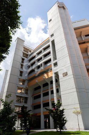 HDB-Jurong East Block 312 Jurong East