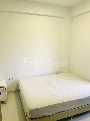 Master Bedroom Fits Queen Sized Bed