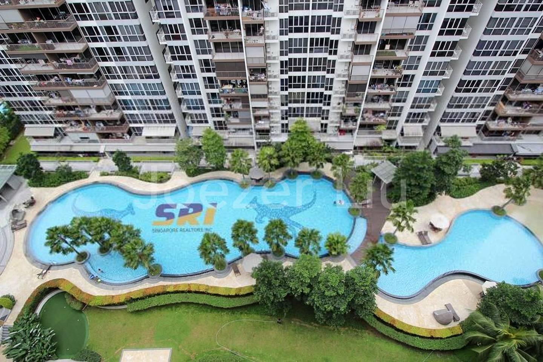 High floor, Pool View