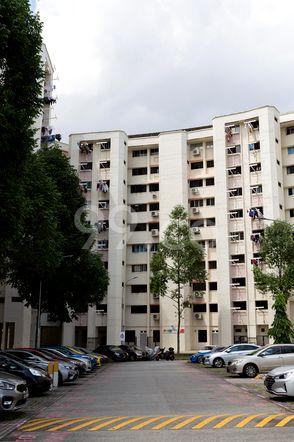 HDB-Jurong East Block 321 Jurong East