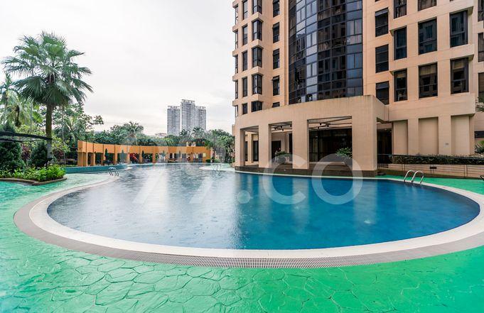 Seasons View Pool
