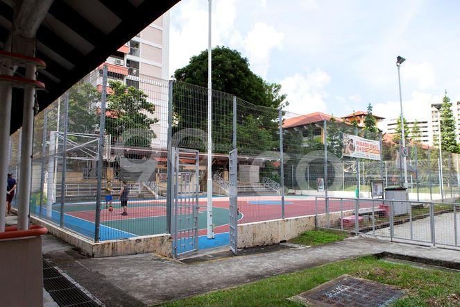 HDB-Jurong East Amenities - Basketball Court Jurong East