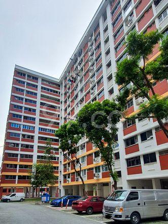 HDB-Hougang Block 417 HDB-Hougang