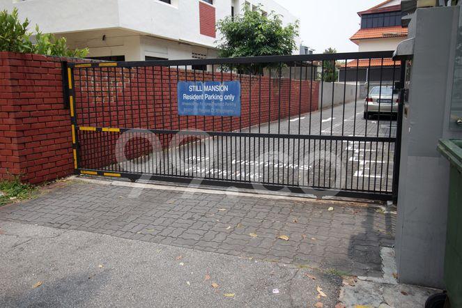 Still Mansions Still Mansions - Entrance