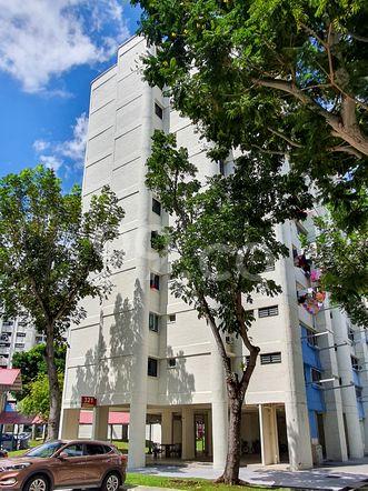 HDB-Hougang Block 321 HDB-Hougang