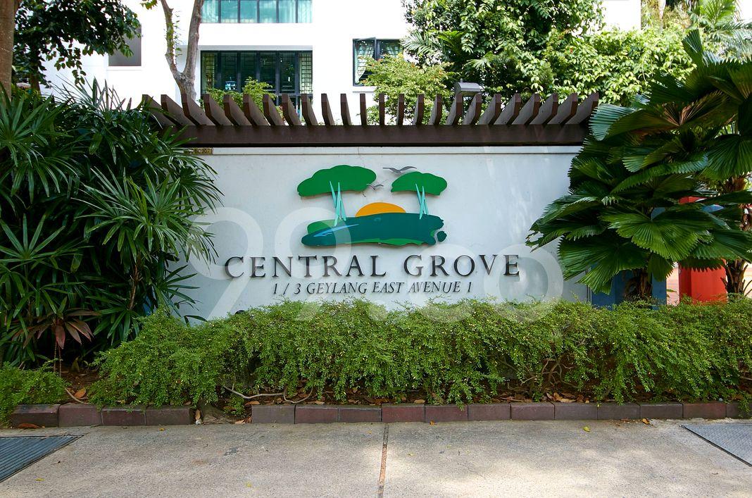 Central Grove  Logo