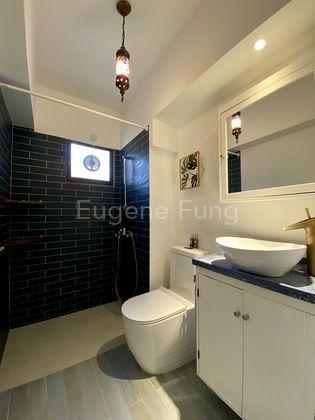 Carefully Designed 2nd Bathroom
