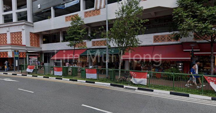 Near bus stop, MRT, coffee shops, supermarket