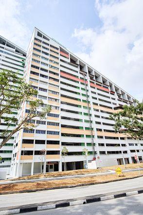 HDB-Potong Pasir Block 121 Potong Pasir