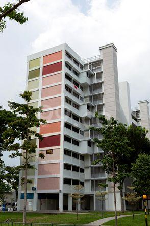 HDB-Jurong East Block 42 Jurong East