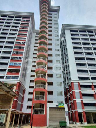 HDB-Hougang Block 698C HDB-Hougang