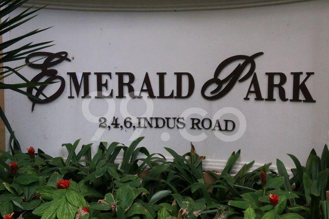 Emerald Park Emerald Park - Logo