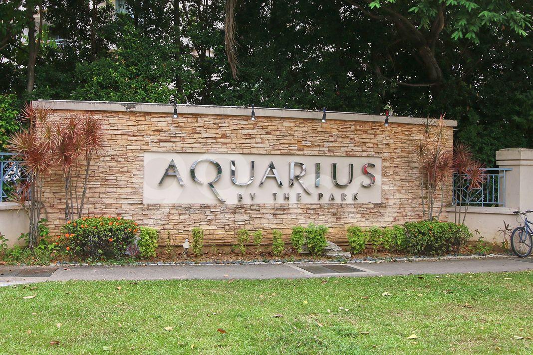 Aquarius By The Park  Logo