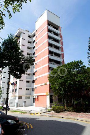 HDB-Jurong East Block 209 Jurong East