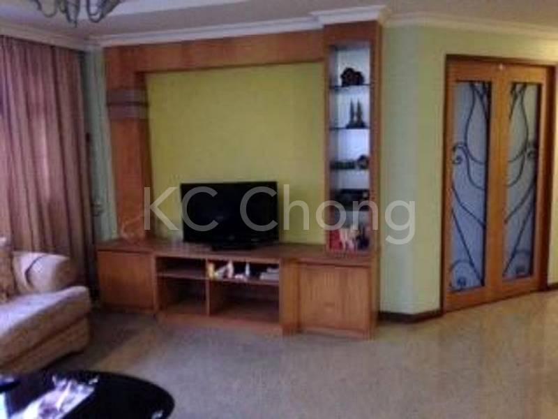 Blk 285B Toh Guan Rd Living Hall 02