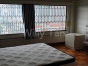 Common room - Queen Bed