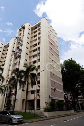 HDB-Jurong East Block 324 Jurong East