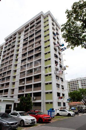 HDB-Jurong East Block 33 Jurong East
