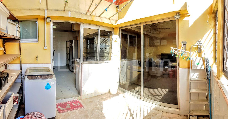 Kitchen/Balcony/Living