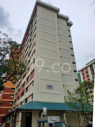 HDB-Hougang Block 124 HDB-Hougang