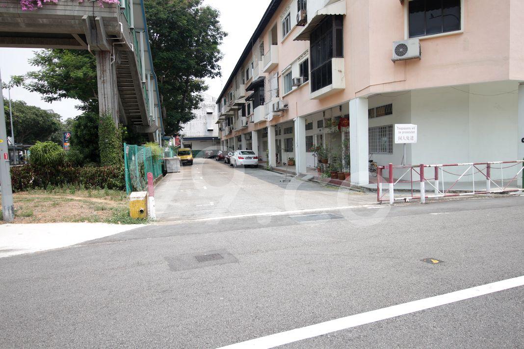 Chung Chin Flats  Entrance