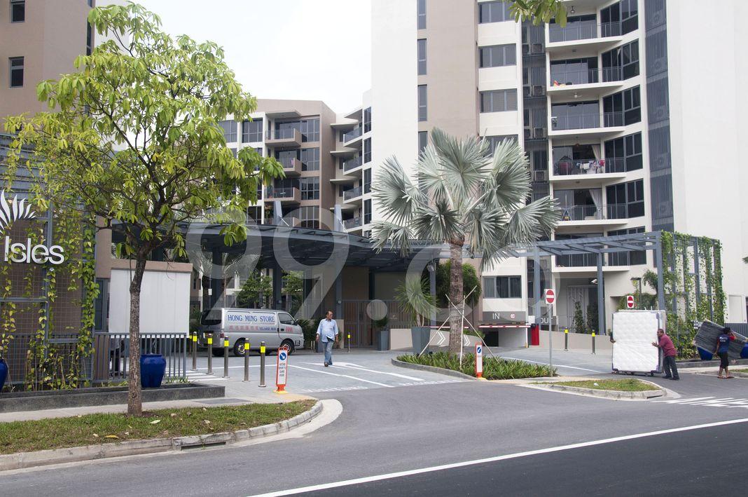 Palm Isles  Entrance