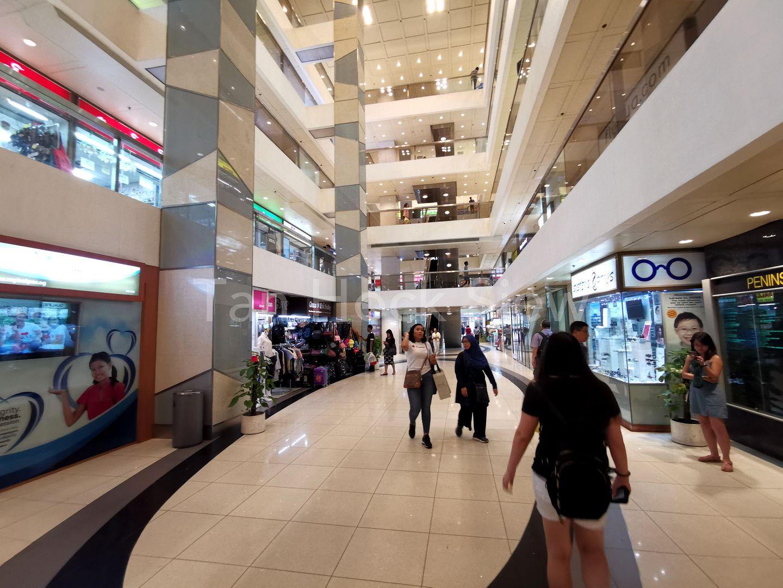 Nice & Bright Shopping Mall