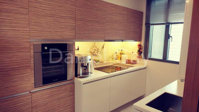 Good size functional kitchen