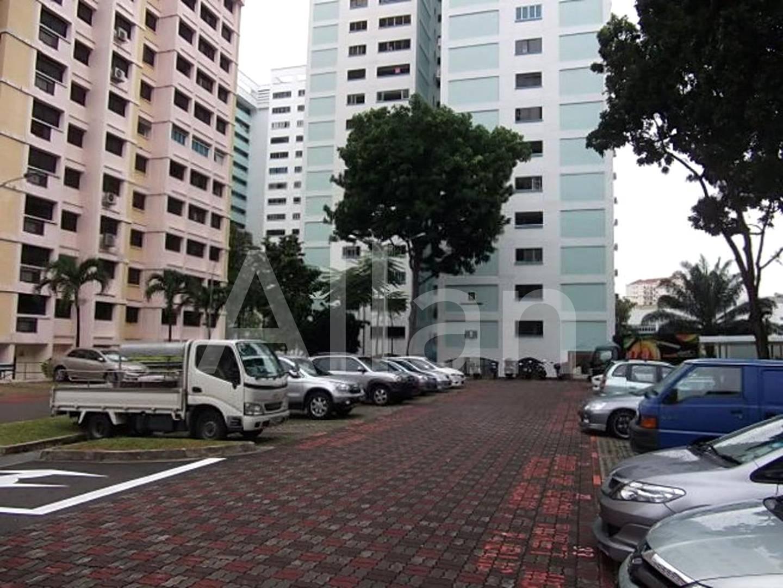 Public car park in front