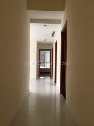 Corridor leading to bedrooms