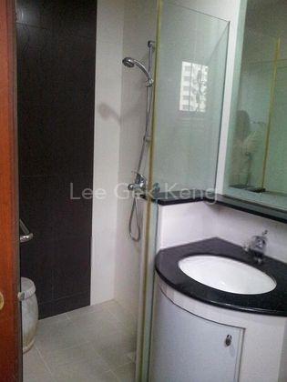 common bathroom at 1st floor