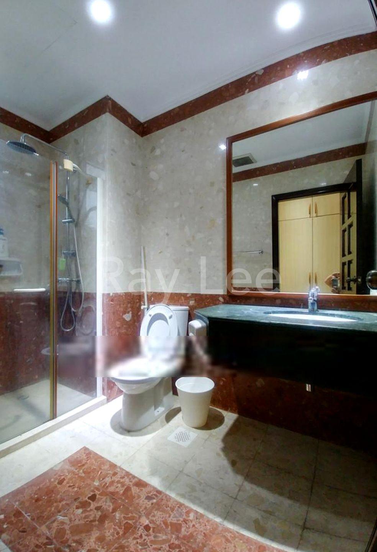 Almond Crescent - L1A: Bathroom 02