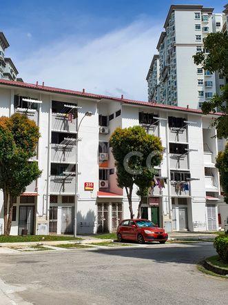 HDB-Hougang Block 335 HDB-Hougang