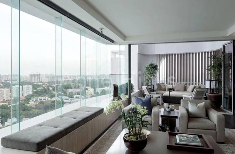 Windows with column free views