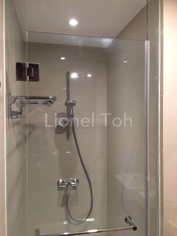 Studio bathroom - Lionel Toh Realtor