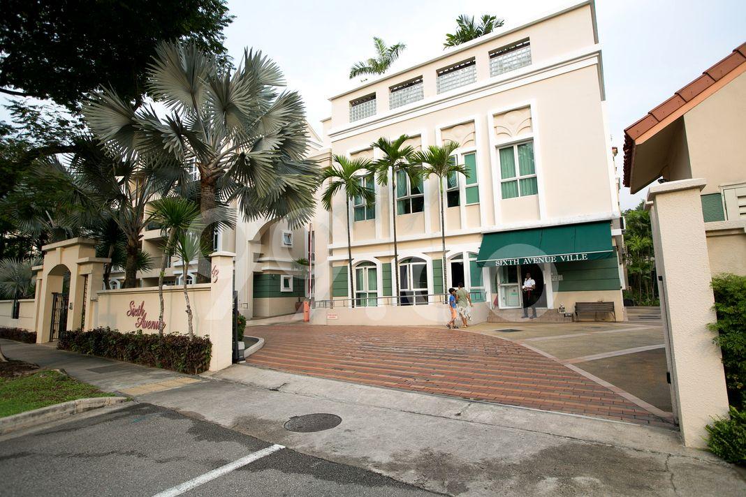 Sixth Avenue Ville  Entrance