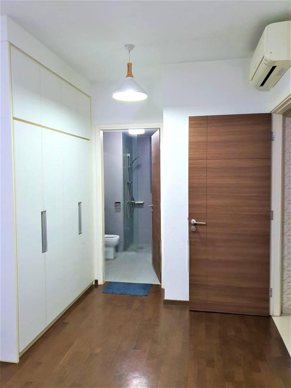 Master bedroom ensuite bathroom kept in pristine condition