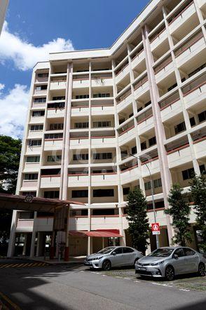 HDB-Jurong East Block 317 Jurong East