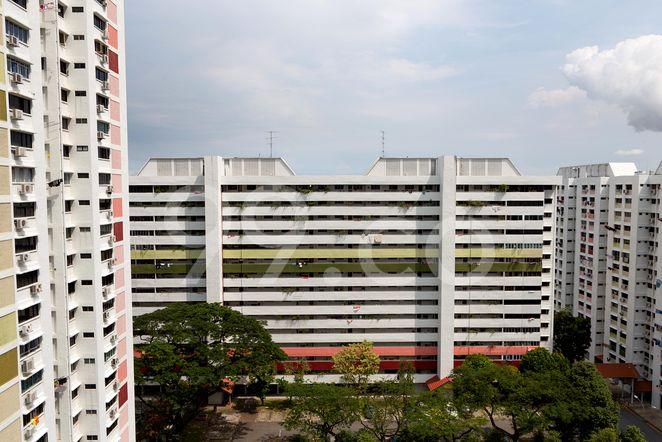 HDB-Jurong East Block 406 Jurong East